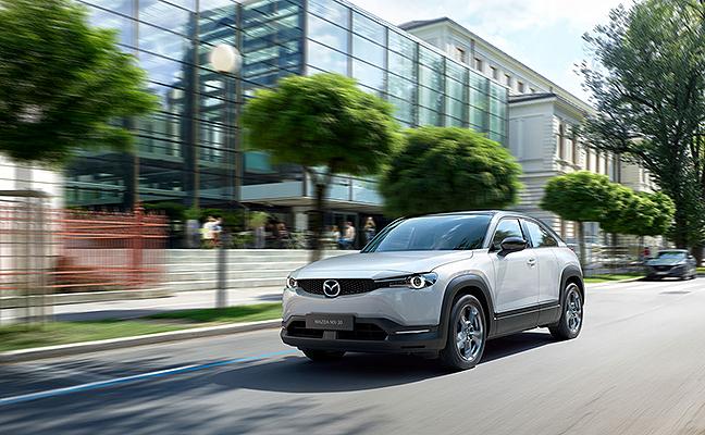 Mazda presentó en el Tokyo Motor Show el eléctrico MX-30 4