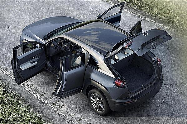 Mazda presentó en el Tokyo Motor Show el eléctrico MX-30 2