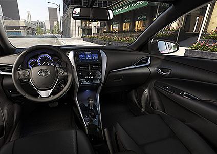 Llega el Toyota Yaris, primer compacto de la marca en el país 2