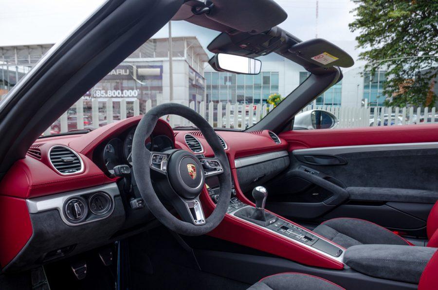 Autoelite presenta Porsche 718 Spyder y 718 Cayman GT4 3