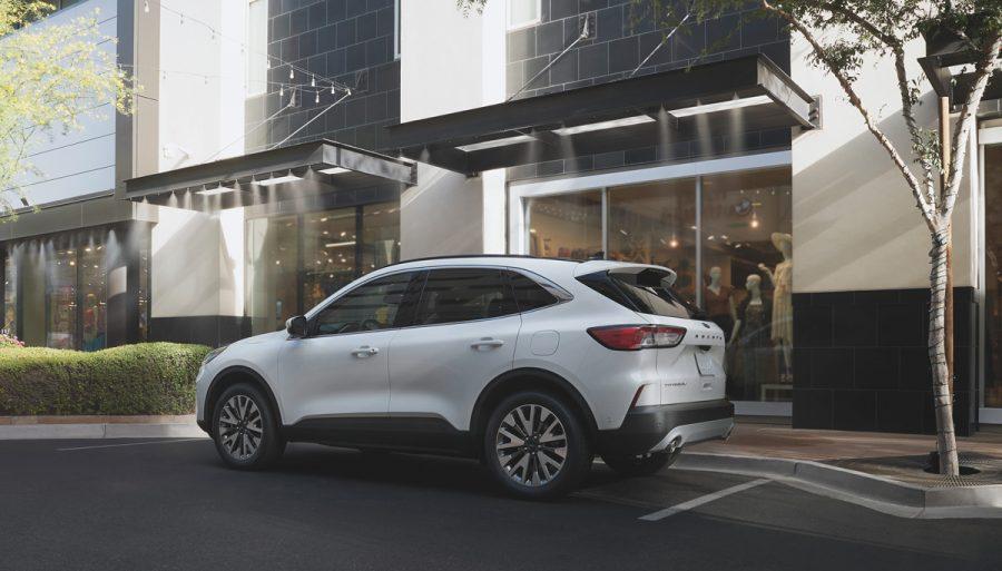 Se estrena la Ford Escape 100% híbrida en Colombia 1