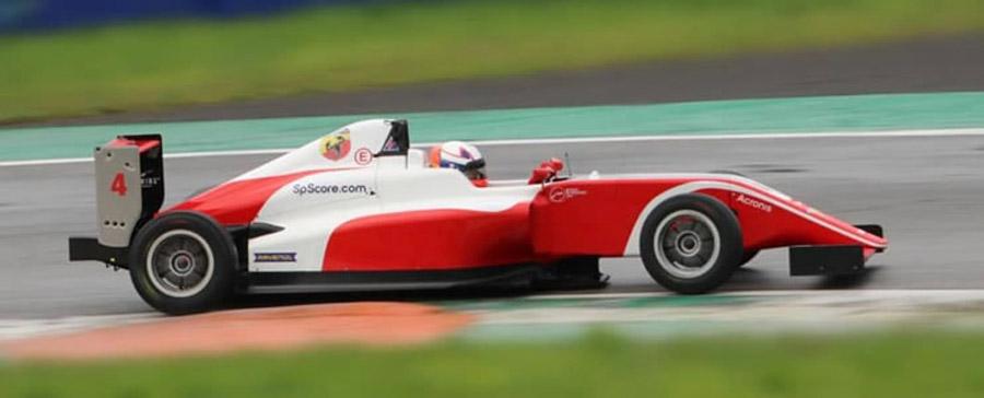 Sebastián Montoya debuta en la F4 Italiana 1