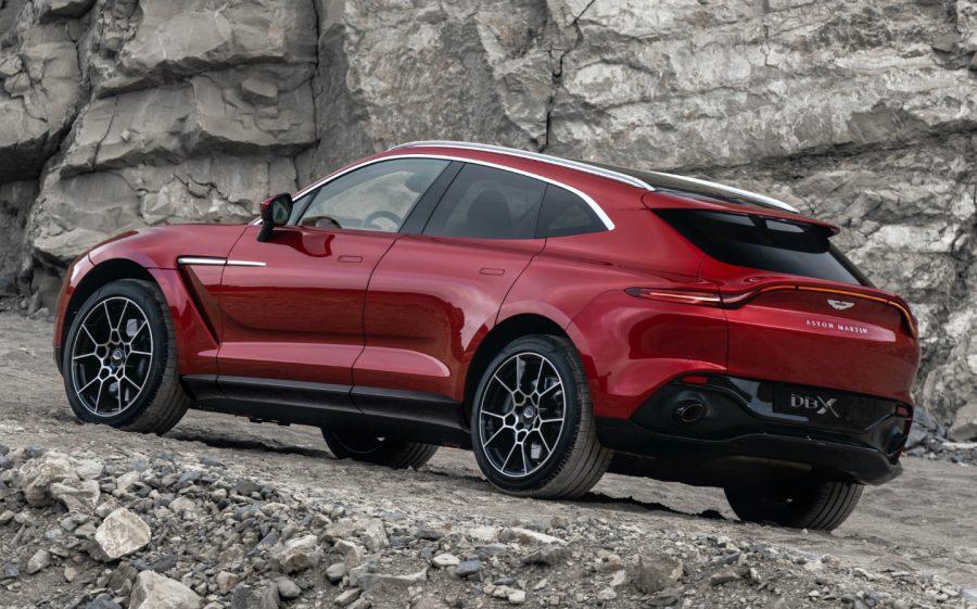 Mercedes aumenta sus acciones en Aston Martin 2