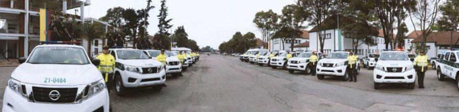Más de 370 Nissan Frontier reforzarán la Policía Nacional de Colombia 1