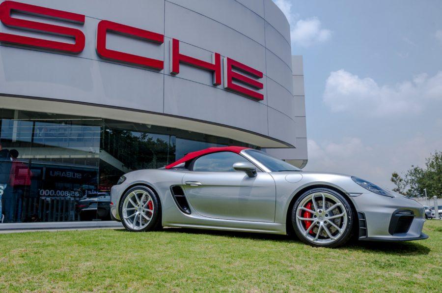 Autoelite presenta Porsche 718 Spyder y 718 Cayman GT4 1