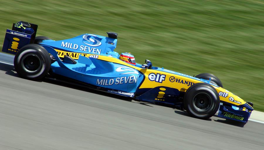 Alonso vuelve a la F1 con Renault