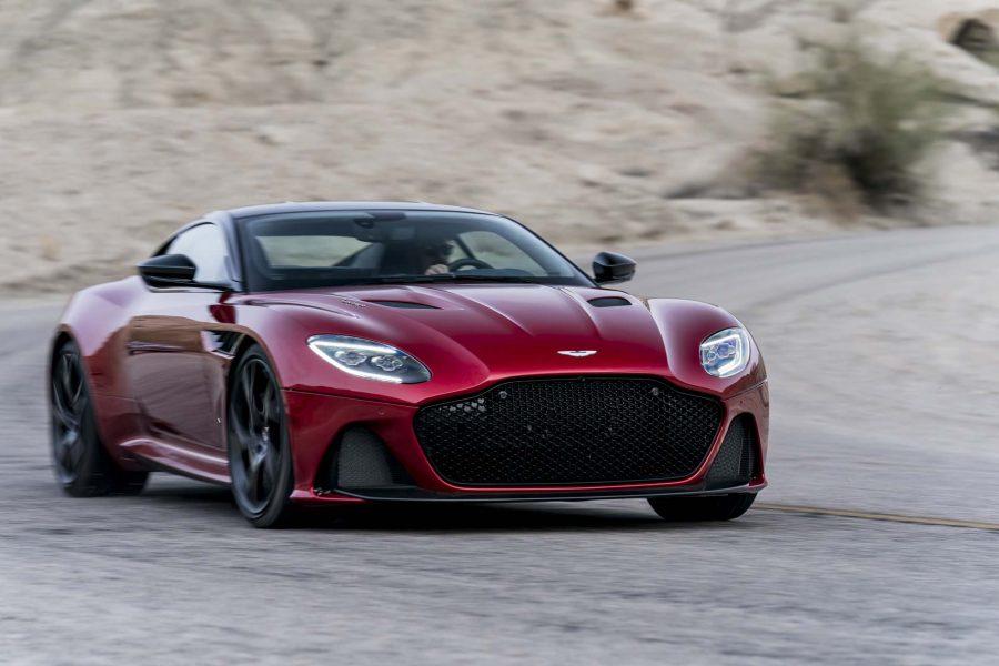 Mercedes aumenta sus acciones en Aston Martin 1