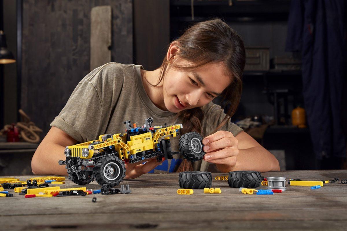 Un Todoterreno Lego de 665 piezas 3
