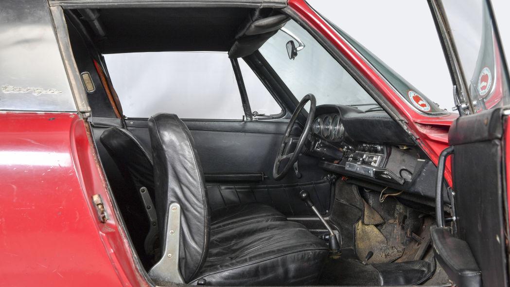 Revive un Porsche 911 S Targa 1966 3