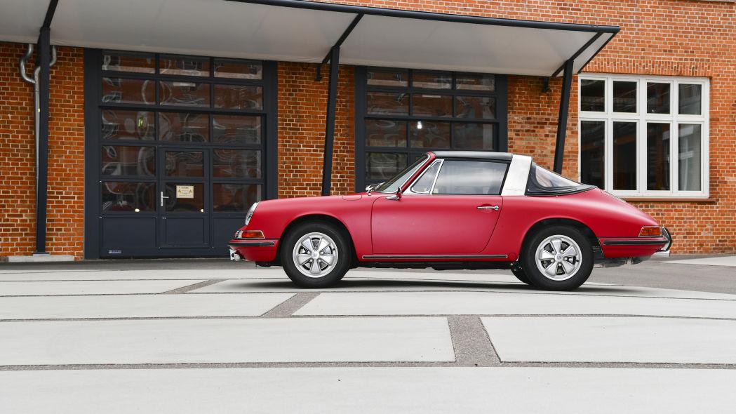 Revive un Porsche 911 S Targa 1966 4
