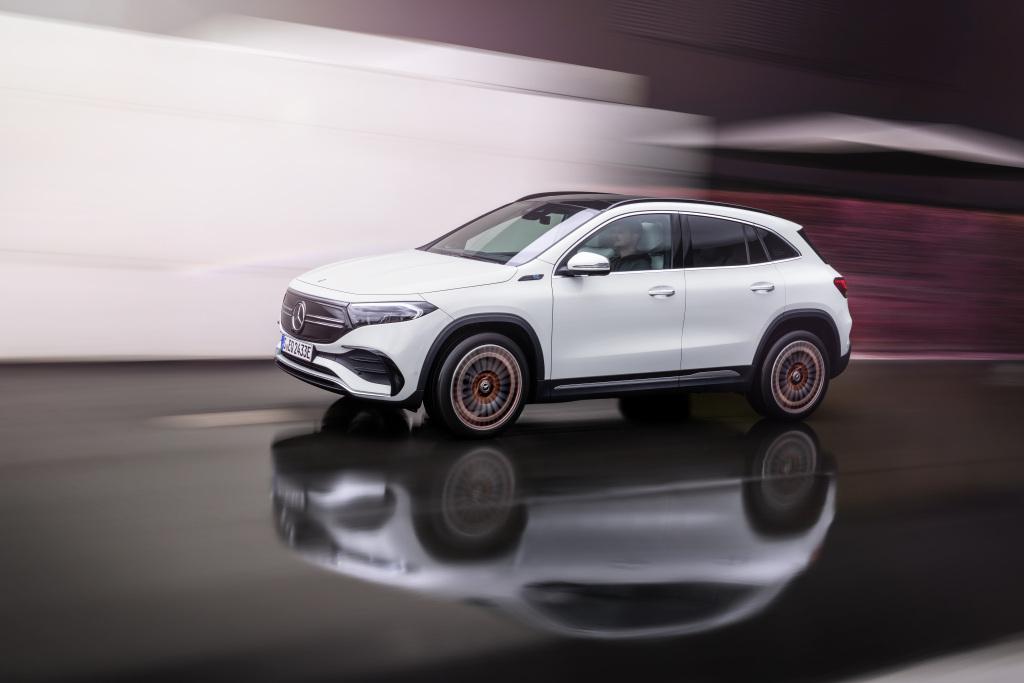 EQA, el atleta eléctrico de Mercedes 1