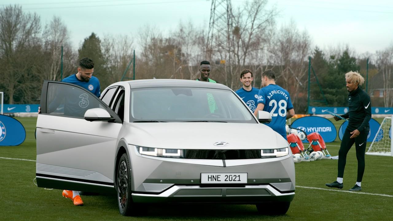 Chelsea FC entrena con el IONIQ5 4