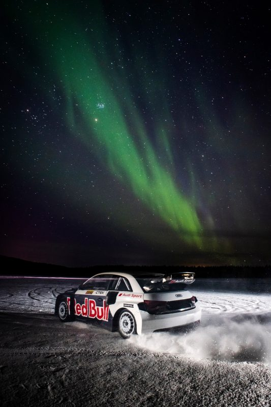 Rallycross bajo la aurora boreal 2