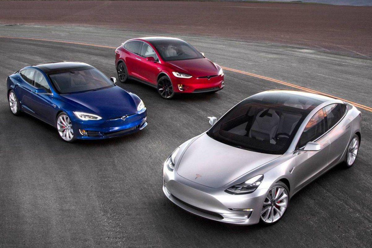 Ya se pueden comprar Teslas con bitcoins