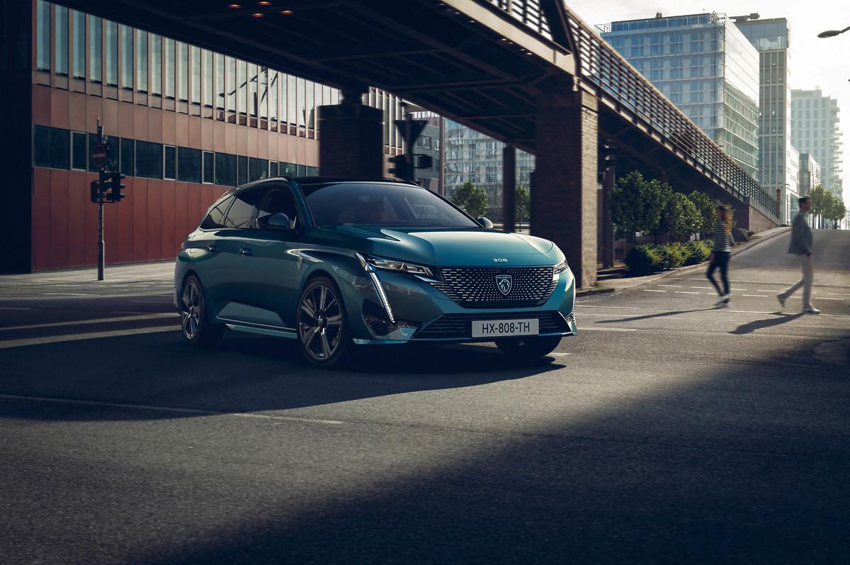 El 70% del portafolio Peugeot está electrificado 4
