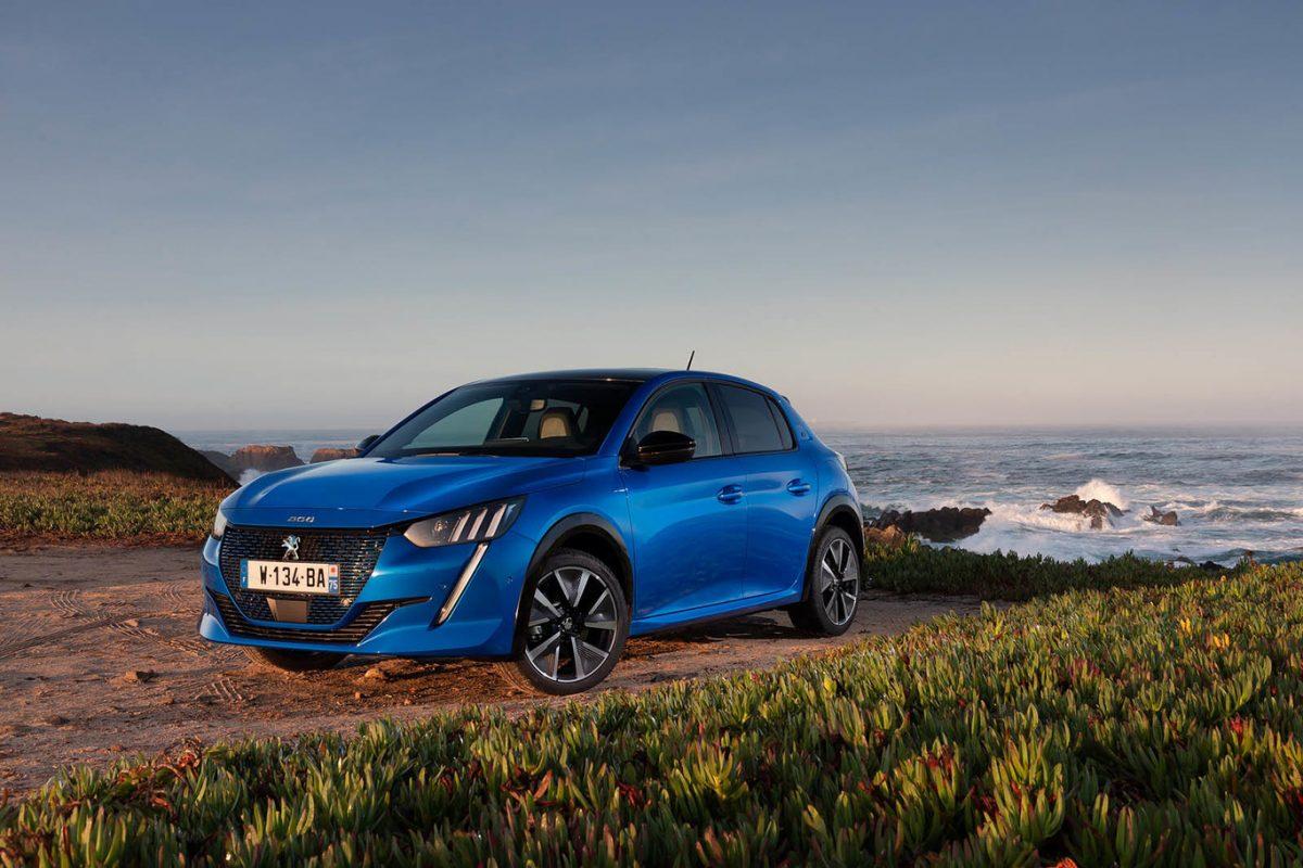 El 70% del portafolio Peugeot está electrificado 2
