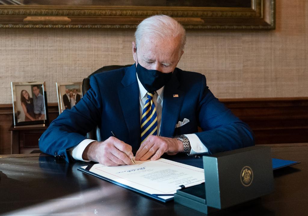 El futuro es eléctrico: Joe Biden
