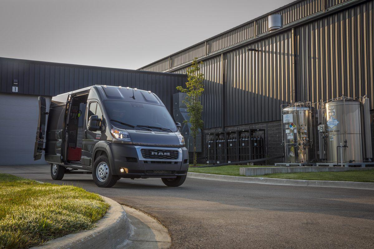 La nueva Ram ProMaster 2022 amplía la línea de vehículos Ram Commercial