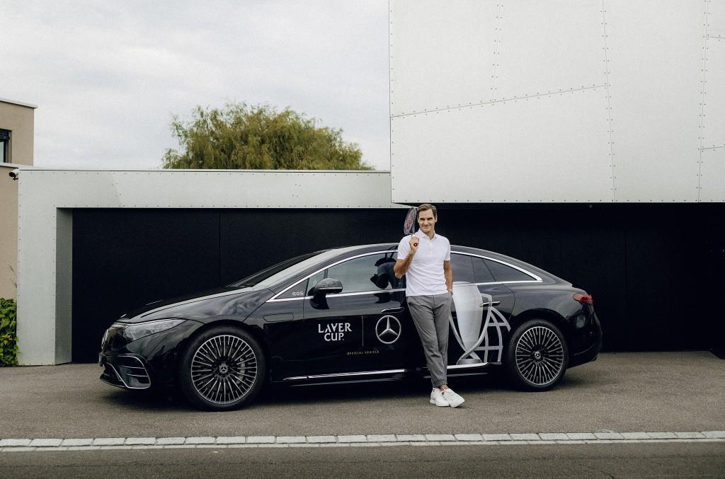 Su majestad ya maneja un Mercedes eléctrico