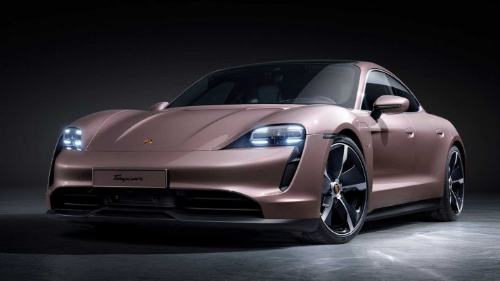 Porsche pole mundial en lujo y premium